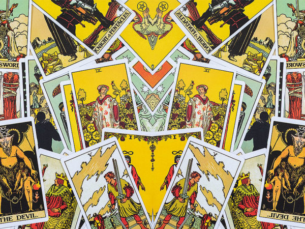 The world of tarot - a communication lesson